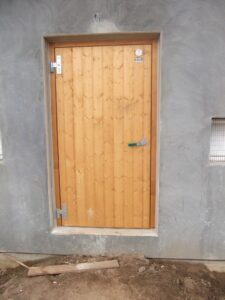 3 Hochwertige, wärmegedämmte Tür